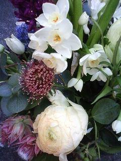 卒業祝いの花.jpg